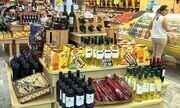Comerciantes reduzem preços para melhorar as vendas neste fim de ano