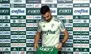 Bruno Henrique é apresentado no Palmeiras