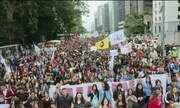Estudantes fazem manifestação na Avenida Paulista