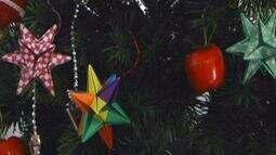 Origami para decorar a árvore de natal