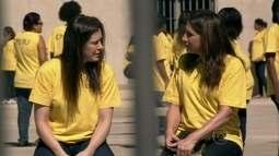 Na prisão, Lívia e Wanda traçam planos de liberdade