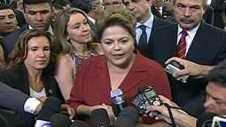 Presidente Dilma Rousseff comemora resultado do leilão de Libra
