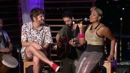 Gaby Amarantos assume o microfone e canta 'País Tropical'