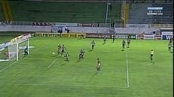 Gol! Bruno Lucas cruza na área do ABC e Jefferson Balinha manda contra o próprio gol