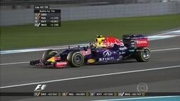 Equipe dá ordem, mas Kvyat diz que está ocupado tentando ultrapassar no GP de Abu Dhabi