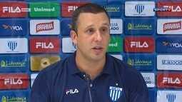 Raul Cabral, técnico do Avaí, diz que equipe estava ansiosa na partida contra o Grêmio