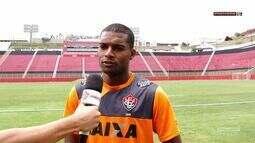 Vitória na TV - Entrevista com o novo lateral-direito do Vitória, Maicon Silva