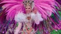 Verde e rosa! Layza Santiago dá show de samba pela Mangueira