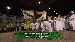 Escola de samba homenageia dupla Zezé di Camargo e Luciano