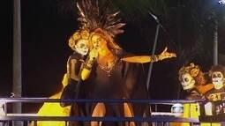 Daniela Mercury agita o carnaval de rua de Salvador