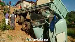 Caminhão desgovernado desce ribanceira e motorista fica ferido, em São Gabriel, E