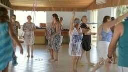 Spa em Piratininga recebe turistas que querem 'fugir' da folia no carnaval