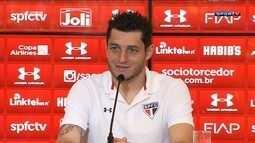 Adversário do São Paulo na Libertadores chega ao Brasil e treina no CT do Palmeiras