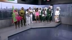 Integrantes da Mangueira comemoram título do carnaval carioca