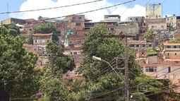 Moradora do Aglomerado da Serra pede mais estrutura e avalia que mais polícia não resolve