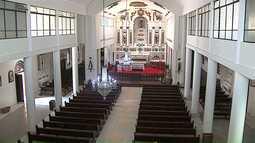 Igreja de Castro é reformada com auxílio da comunidade