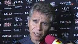 Autuori critica confusão após título do Fluminense
