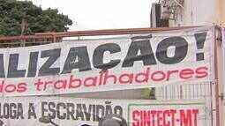 Funcionários dos Correios paralisam as atividades na região metropolitana