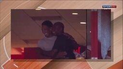 Michael Jordan e Scottie Pippen se encontram no ginásio do Miami Heat