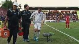 Exame aponta lesão, e Lucas Lima faz tratamento no CT Rei Pelé