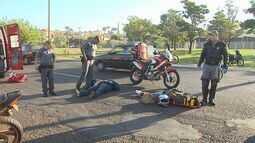 Acidente entre duas motos deixa três feridos na Avenida Maurílio Biagi em Ribeirão