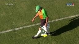 Givanildo faz suspense com treino fechado do América-MG