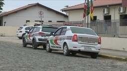 Suspeito de assaltar banco no Sul de SC é morto e outros fogem em mata