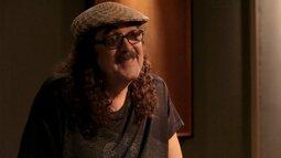 """Moraes Moreira conversa com Leo Gandelman e canta """"Acabou Chorare"""""""