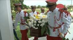 Cantor Papete é enterrado em São Luís