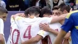 Gol da Espanha! Nolito dá lindo toque de cobertura e marca mais uma vez, aos 17 do 1º T