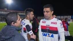 Após empate, Lino diz que Atlético-GO procurou a vitória em Curitiba