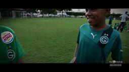 TV Goiás - Escolinha de futebol do Goiás faz homenagem ao ídolo Fernandão