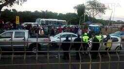 Vídeo mostra tumulto após tiros em frente a estação do BRT