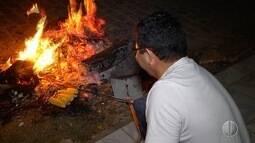 Potiguares mantêm tradições de acender fogueiras na véspera de São Pedro