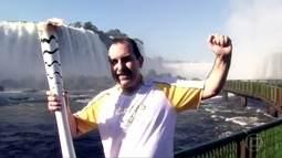 Tocha Olímpica passa pelas Cataratas do Iguaçu
