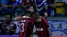 Os gols de Cruzeiro 0 x 3 Atlético-PR pela 14º rodada do Brasileirão