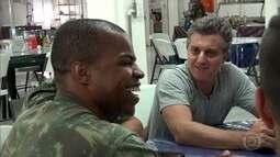 Caldeirão vai ao Haiti e mostra vida de militares brasileiros