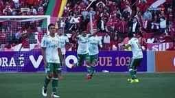 Palmeiras vence o Internacional na estreia de Falcão