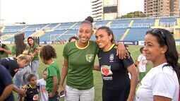 Seleção Brasileira feminina enfrenta a Austrália neste sábado no PV