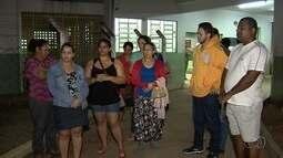 Mulher internada em Cais espera por vaga de UTI, em Goiânia