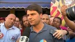 Pedro Paulo faz campanha em Bonsucesso