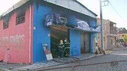 Incêndio atinge loja de materiais de construção em São Sebastião da Bela Vista (MG)