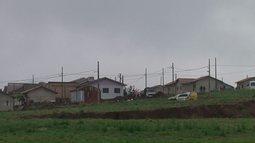 A polícia desocupou hoje um conjunto habitacional em Realeza, no sudoeste do estado