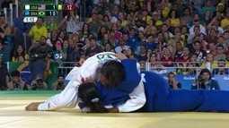 Deanne Silva de Almeida é imobilizada e fica com a medalha de prata no judô
