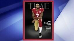 Colin Kaepernick, jogador do San Francisco 49ers, da NFL, é capa da revista Time