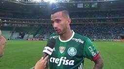 """Emocionado, Leandro Pereira comemora gol: """"Espero que aos poucos eu possa me firmar"""""""