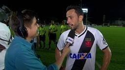"""""""Espero que ele tenha gostado"""", diz Nenê, sobre presença de Tite em São Januário"""