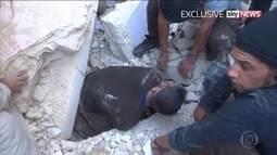 Crianças são símbolo das vítimas da guerra na Síria; veja resgates