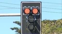 Tempo de mudança de cores nos semáforos é padronizado