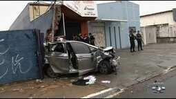 Carro bate em muro de escola durante perseguição policial, em Goiânia